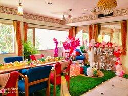 Thematic Premium Friends Dining - Ac Nature Restaurant
