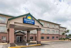 Welcome to the Days Inn and Suites of Morris