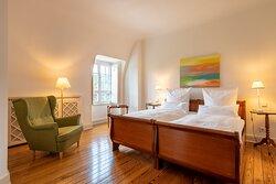 Superior Zimmer Paris
