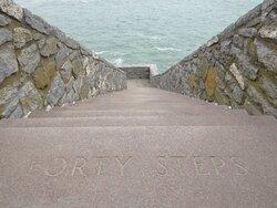 40 Steps/Cliff Walk