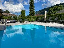 Der Pool immer sehr sauber und gepflegt