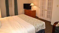 MH Texarkana Texarkana TX Guestroom Suite
