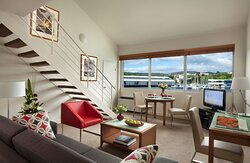 Somerset on the Pier - Executive Apartment Living and Dining