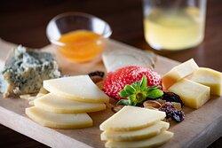 AC Lounge - Asturian Cheeses