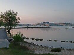 Il lago di sera