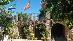 Las banderas de Extremadura, España y Portugal
