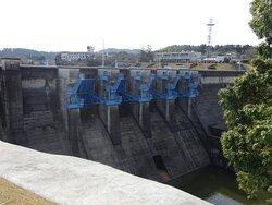 おおきな4門のクレストラジアルゲートが中々の迫力でした。