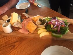 A fantastic ploughman's to share