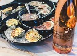 Rosé & Oysters