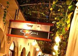 Sesons hotel restaurant