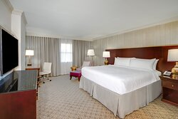 Renovated One King Bed Deluxe Guest Room