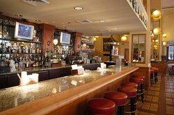 Astor Crowne Plaza Hotel - Bourbon House Bar