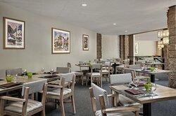 LOEWS VRT Canyon Cafe