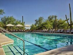LOEWS VRT Pool
