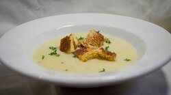 Delicious white onions soup
