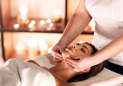 CUSTOM FACIAL BY CLARINS  Allow our skilled therapist prescribe you the very best of 'CLARINS' products from double serum, intensive wrap, exfoliating cleanser and restorative eye concentrate to target concerns such as aging, puffiness, dark circles and swelling caused by stress, heat and hormonal changes. Clarins products is suitable for all skin types.