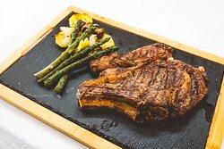 Las mejores carnes a la brasa.