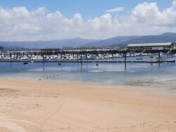 Praia e Porto desportivo
