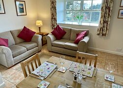 Bluebell Cottage living room