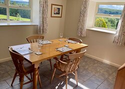 Buttercup Cottage dining room