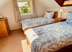 Buttercup Cottage bedroom