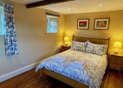 Daisy Cottage bedroom