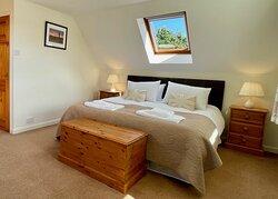 Snowdrop Cottage bedroom