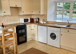 Snowdrop Cottage kitchen