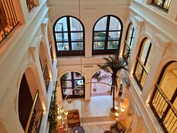 Magnificent interior and rooftop spaces