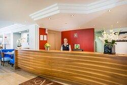 Reception Novum Hotel Rega