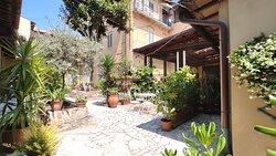 Panoramica del giardino privato Hotel Rita Major Firenze