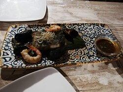 Tataki de ternera, ceviche y pescado blanco a baja temperatura