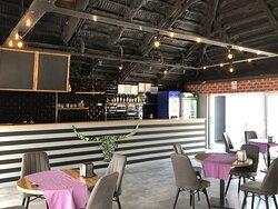 Bella Bar & Restaurant