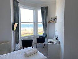 Room 8 Sea View