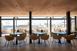 Cuit Bar And Restaurant