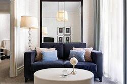 Bristol Executive - Living Room