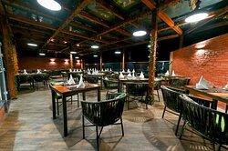 Underpin - Restaurant