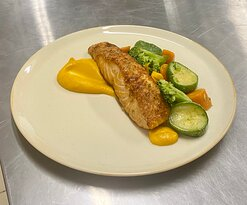Salmon with Parmesan & herbs crust , carrot purée and boiled vegetables