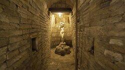 Le meravigliose grotte, camminamenti sotterranei appartenenti all'antica Roma, sapientemente ristrutturati e valorizzati, per accogliere i nostri ospiti con eventi a tema e degustazioni inimitabili