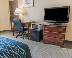 Accessible guest room with flat screen tv