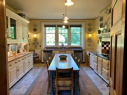 Country Dining kitchen