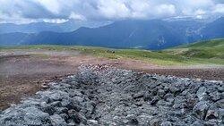 Гудамакарское ущелье в районе горнолыжного курорта Гудаури