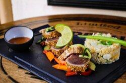 Tataki de thon et son riz végétarien