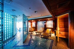 The Wet SPA offer a Sauna for that Scandi SPA experience
