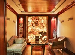 Our SPA Lounge provide a relaxing environment prior to your treatments