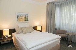 Guestroom A1S 4