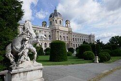 Vienna | Schlosshotel Römischer Kaiser