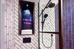 Superior Bathroom V