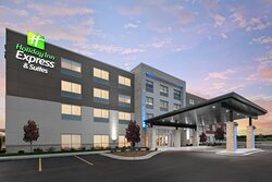 Welcome to the Holiday Inn Express Elkhorn-Lake Geneva