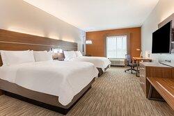 Spacious Standard 2 Queen Bed